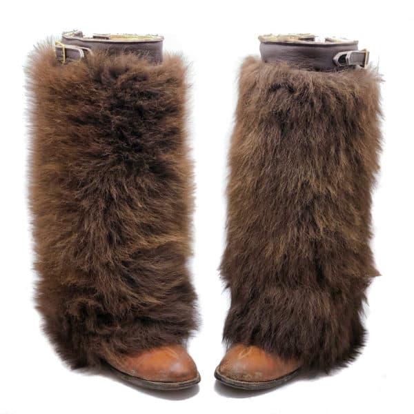 buffalo-fur-gaiters