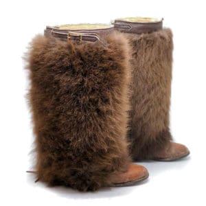 buffalo-fur-gaiters-side-2
