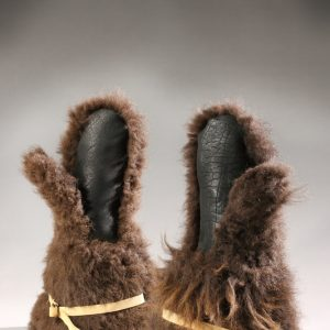 Buffalo Fur Mittens